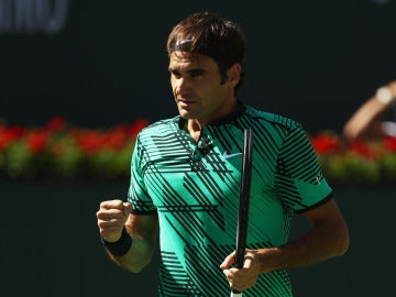 Federer celebra un punto en la final ante Wawrinka