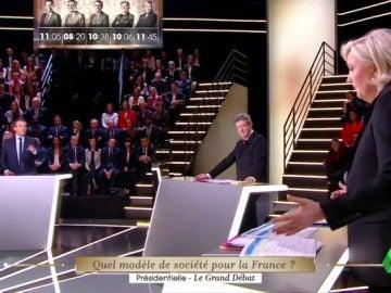 Frame 6.392222 de: debate francia