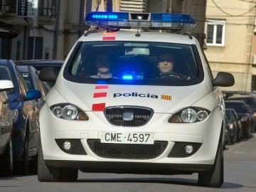 Detenida una pareja por dejar sola en casa a su hija de 18 meses toda la noche para irse de fiesta