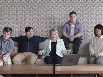 Los jóvenes protagonistas del vídeo