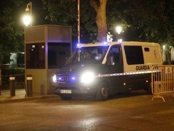 Furgon de la Guardia Civil con Jordi Pujol Ferrusola