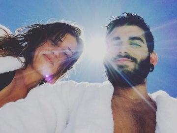 Pablo Ráez y su novia