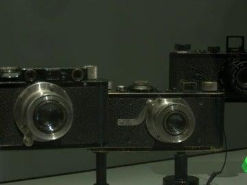 Varios modelos de la cámara Leica