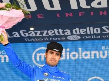 Mikel Landa celebra su triunfo en la etapa 19 del Giro