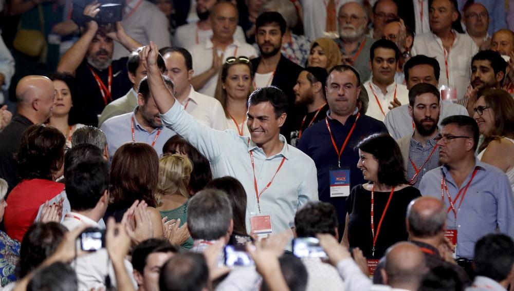 El líder del PSOE, Pedro Sánchez, a su llegada al 39 congreso federal de los socialistas
