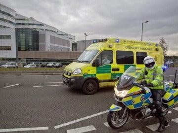 """El cuerpo policial precisó que fue alertado de que """"un vehículo había colisionado con transeúntes fuera del Westgate Sports Centre, Newcastle upon Tyne"""""""