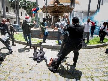 Violencia en el Parlamento de Venezuela