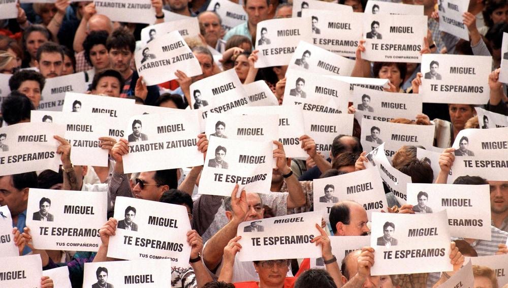 Manifestación para pedir la liberación de Miguel Ángel Blanco