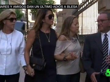 Amigos y familiares despiden a Miguel Blesa