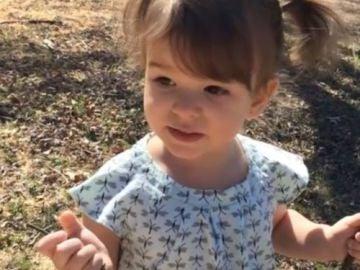 Esta es Eden Carlson, de dos años de edad, después del tratamiento