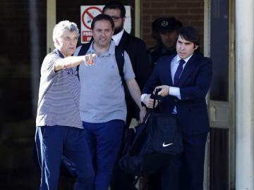 Villar sale de prisión junto a su hijo Gorka