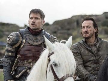 Jaime Lannister y Bronn reunidos en 'Juego de Tronos'