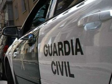 Desarticulada una organización que introdujo más de 225.000 botellas de ron falsificadas en España