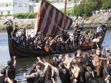 Batalla entre vikingos y campesinos en Catoira