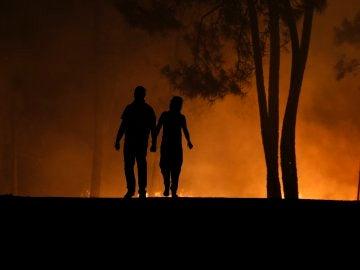 Siguen los incendios en Portugal y Galicia