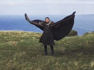 Kit Harington (Jon Nieve) en una imagen del vídeo