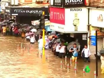Evacuados por el Monzón en el sur de Asia
