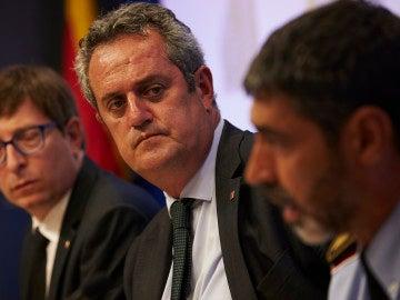 Joaquim Forn y el mayor de los Mossos d'Esquadra, Josep Lluís Trapero