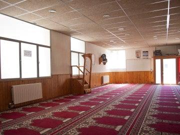 Vista del interior de la mezquita Islámica Annour de Ripoll, en la cual el imán Abdelbaki Es Satty guiaba las oraciones