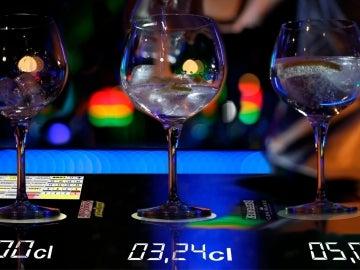 Así es el prototipo de la barra de bar interactiva