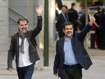Jordi Cuixart, líder de Òmnium Cultural, y Jordi Sànchez, dirigente de la ANC, en una imagen de archivo.