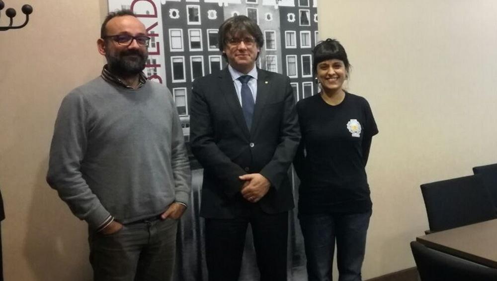Salellas, Puigdemont y Gabriel, en Bruselas