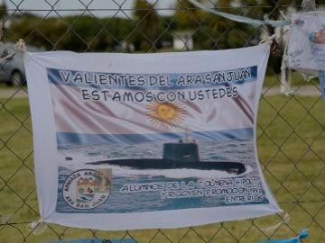 Registro de mensajes de esperanza dejados en los alrededores de la Base de Operaciones de Submarinos
