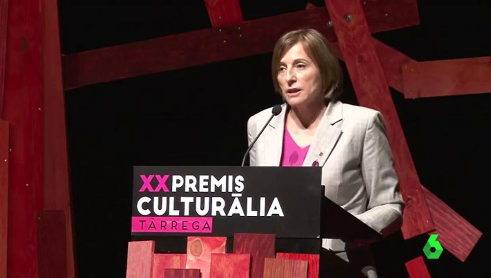 """Carme Forcadell: """"Tened presente que el futuro de este país está en las manos de los catalanes y las catalanas"""""""
