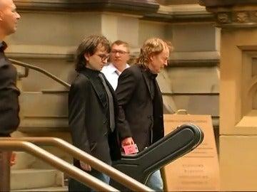 Gaiteros y AC/DC al completo para despedir a Malcolm Young, el último gran funeral del mundo del rock