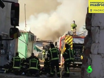 Incendio en la Cañada Real en Madrid
