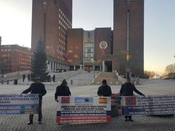Marineros españoles que exigen pensión a Noruega abren movilizaciones en Oslo