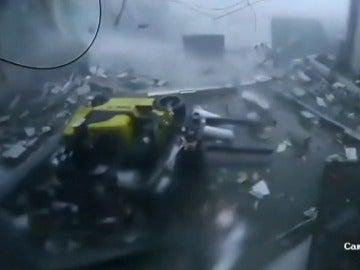 Los brutales efectos de un tornado