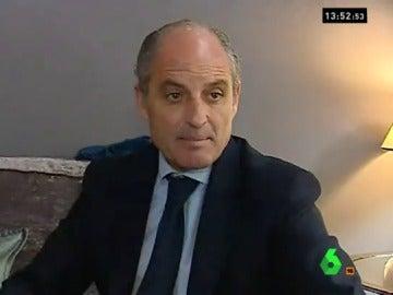 Francisco Camps habla ante los medios de comunicación