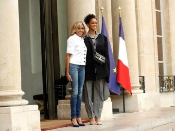 Brigitte Trogneux y Rihanna durante su visita al Elíseo