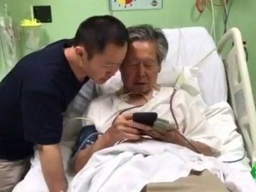 Alberto Fujimori en la cama del hospital