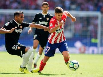 Vietto durante un encuentro con el Atlético