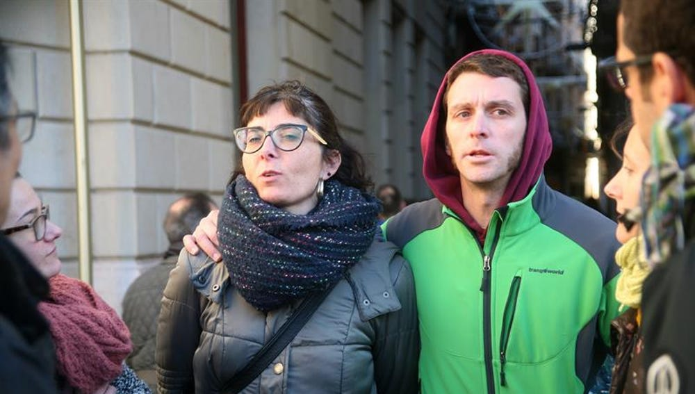 Los concejales de la CUP de Reus (Tarragona) Marta Llorens y Oriol Ciurana