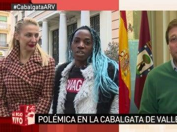 Dos de las tres reinas de la 'carroza de la diversidad' de la Cabalgata de Vallecas