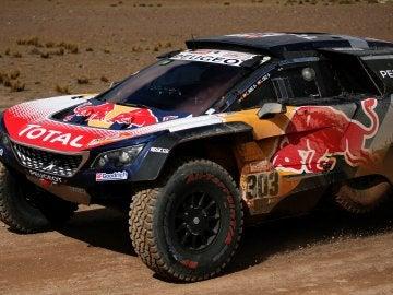 Carlos Sainz, en acción durante la sexta etapa del Dakar