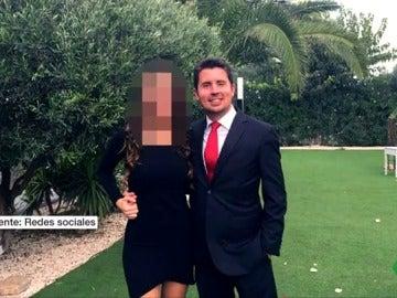Antonio y su pareja, en una imagen publicada en redes sociales