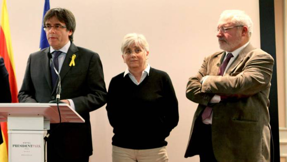 Carles Puigdemont, Clara Ponsatí y Lluís Puig