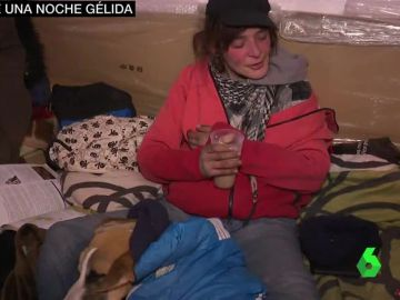 Olga, una mujer sin techo que lleva cuatro meses soportando las noches gélidas