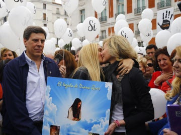 Los padres de Diana Quer y su otra hija Valeria