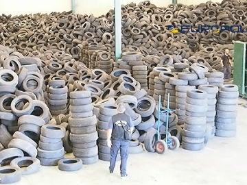 Neumáticos de la banda criminal
