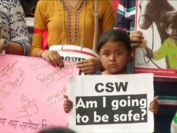 India aprueba la pena de muerte para los violadores de niños menores de 12 años