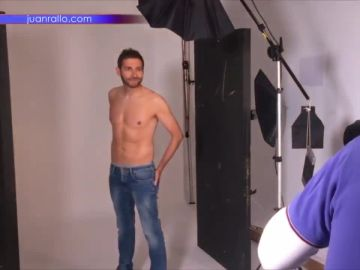 Así ha sido la sesión de fotos de Frank Blanco luciendo abdominales