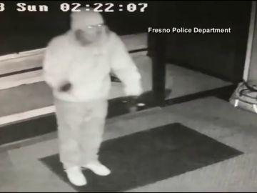 Un ladrón celebra su robo bailando como Michael Jackson y acaba detenido