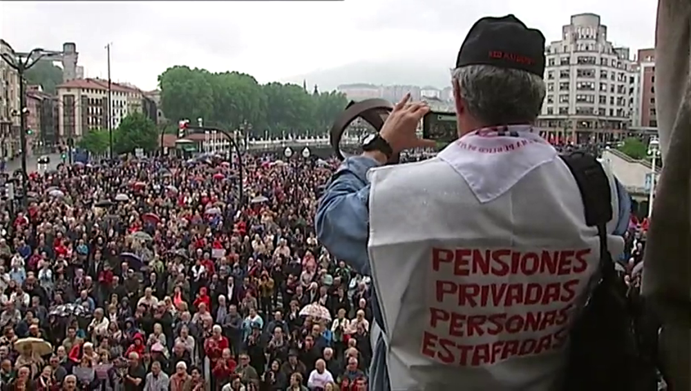Concentración convocada por las organizaciones de pensionistas para reivindicar unas pensiones públicas dignas