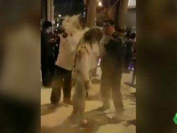 El agresor le arrojó combustible y le prendió fuego con un cigarro