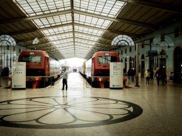 Imagen de archivo de varios trenes en Portugal